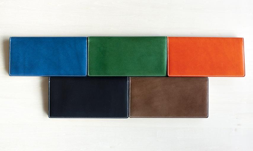 ブラック・ダークブラウン・グリーン・オレンジ・ブルーの5色展開