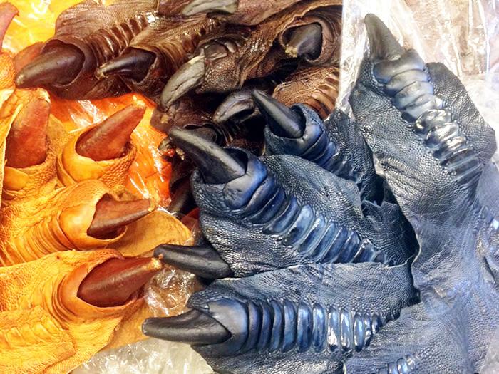 オーストリッチ(ダチョウ)の足の革