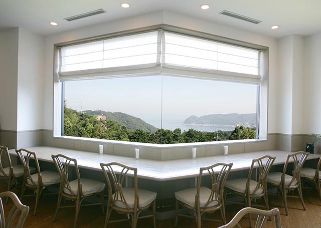相模湾を望む、絶景のカフェ。