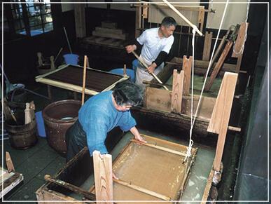 日本でもっとも由緒ある越前和紙を使用