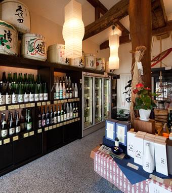 新潟の銘酒が勢ぞろい 新潟を代表する酒蔵の正規特約店ならではの品揃えです