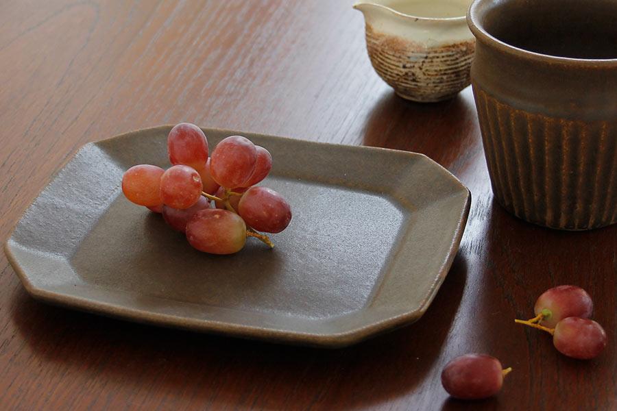 古谷製陶所のうつわ,八角ケーキ皿