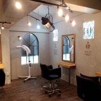 アンティークがある奇跡の美容室