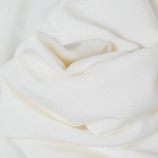 シルクは人の肌に近い構造を持つ天然素材