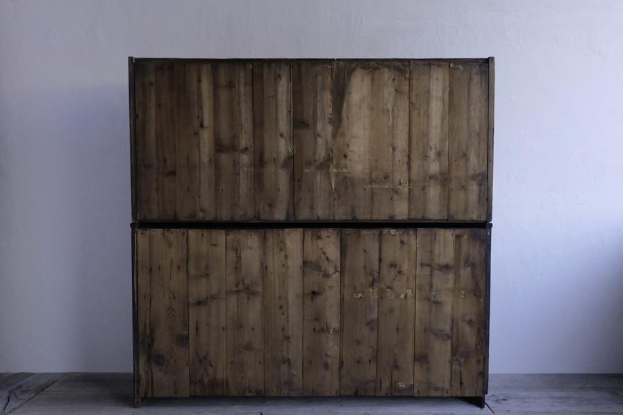 アンティークの松材の棚