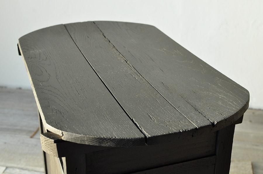 引き出し付きのコンソールテーブル