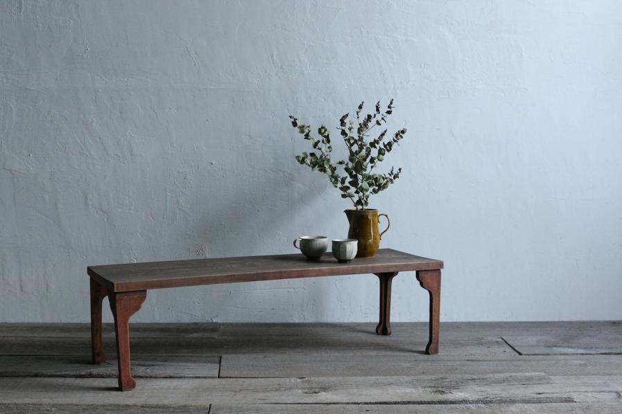 アンティークの大正ロマンな飾り台になるコーヒーテーブル