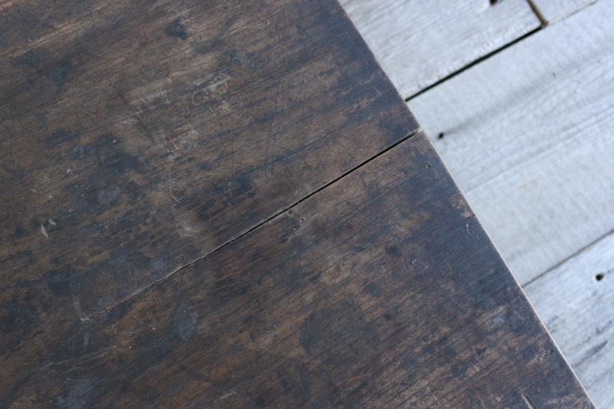 和のアンティークのクリ材の天板のろくろ脚のコーヒーテーブル