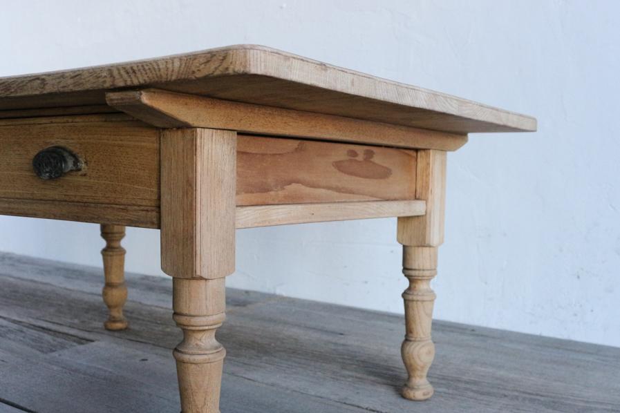 アンティークの大正ロマンなろくろ脚のコーヒーテーブル