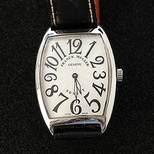 海外式腕時計の電池交換