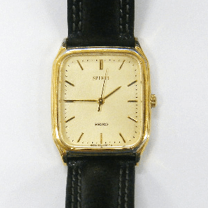SEIKO製腕時計の電池交換