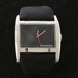 メルセデスベンツ社の記念時計