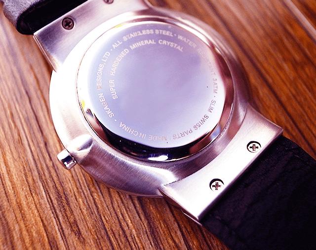 圧着式腕時計