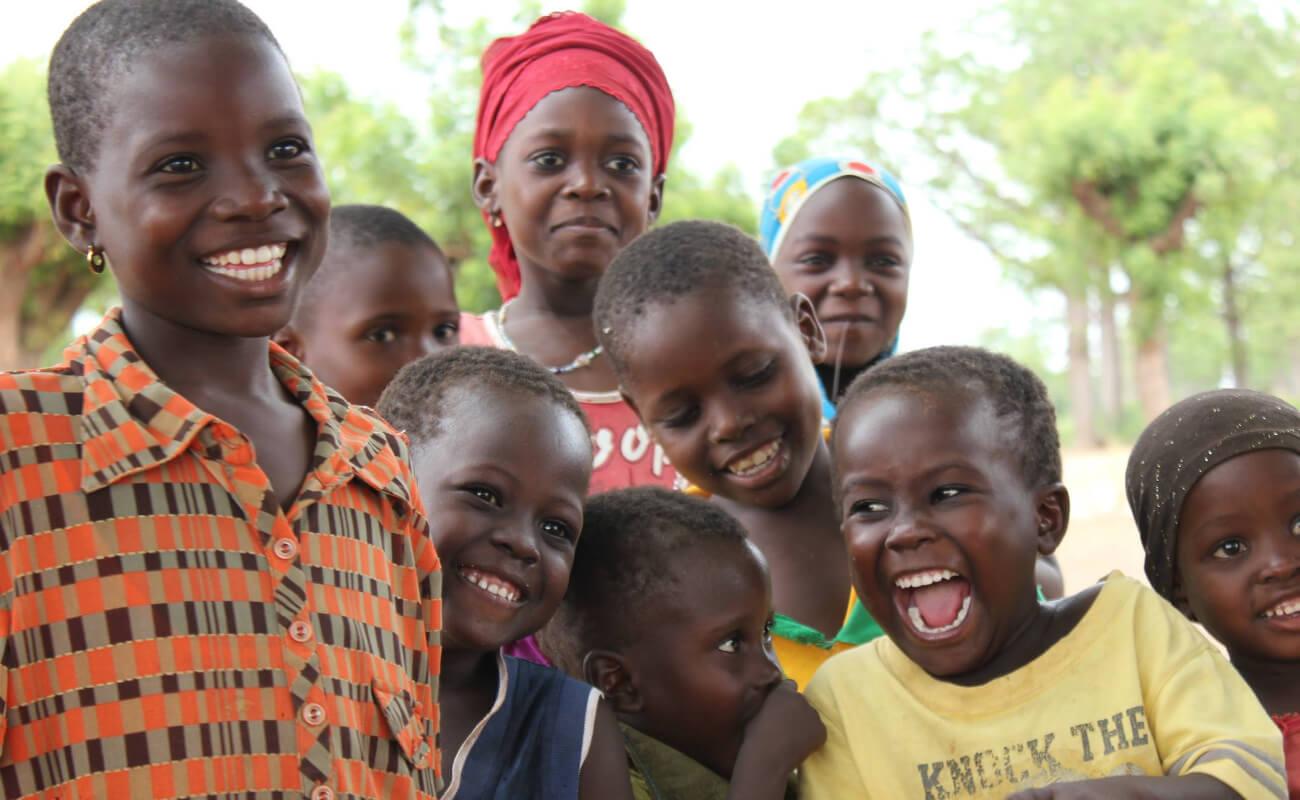 写真:はじけんばかりの子供たちの笑顔