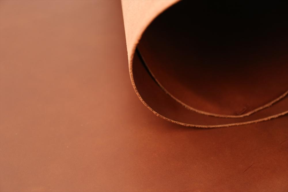 ピット層鞣しS004本ヌメ革_チョコ_詳細4760_R.JPG|革販売の和乃革