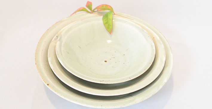 廣川温さんの青白釉お鉢