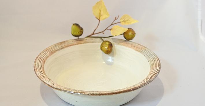 古谷製陶所渕荒横彫切立 リム浅鉢