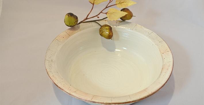 古谷製陶所たて鉄線切立 リム浅鉢
